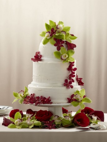Elegant Orchid Cake Decoration